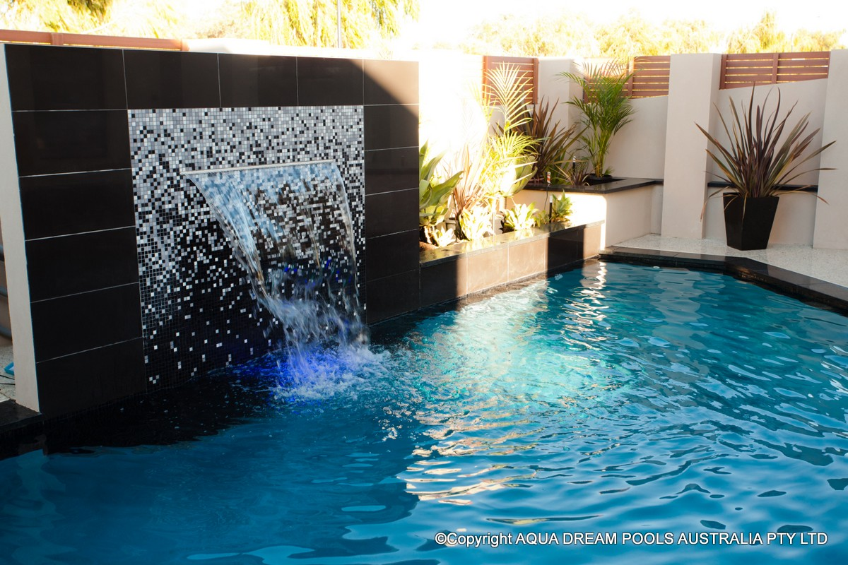 Water features gallery for Pool show perth